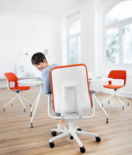 Ergonomic task chair AT - Office chair with Trimension
