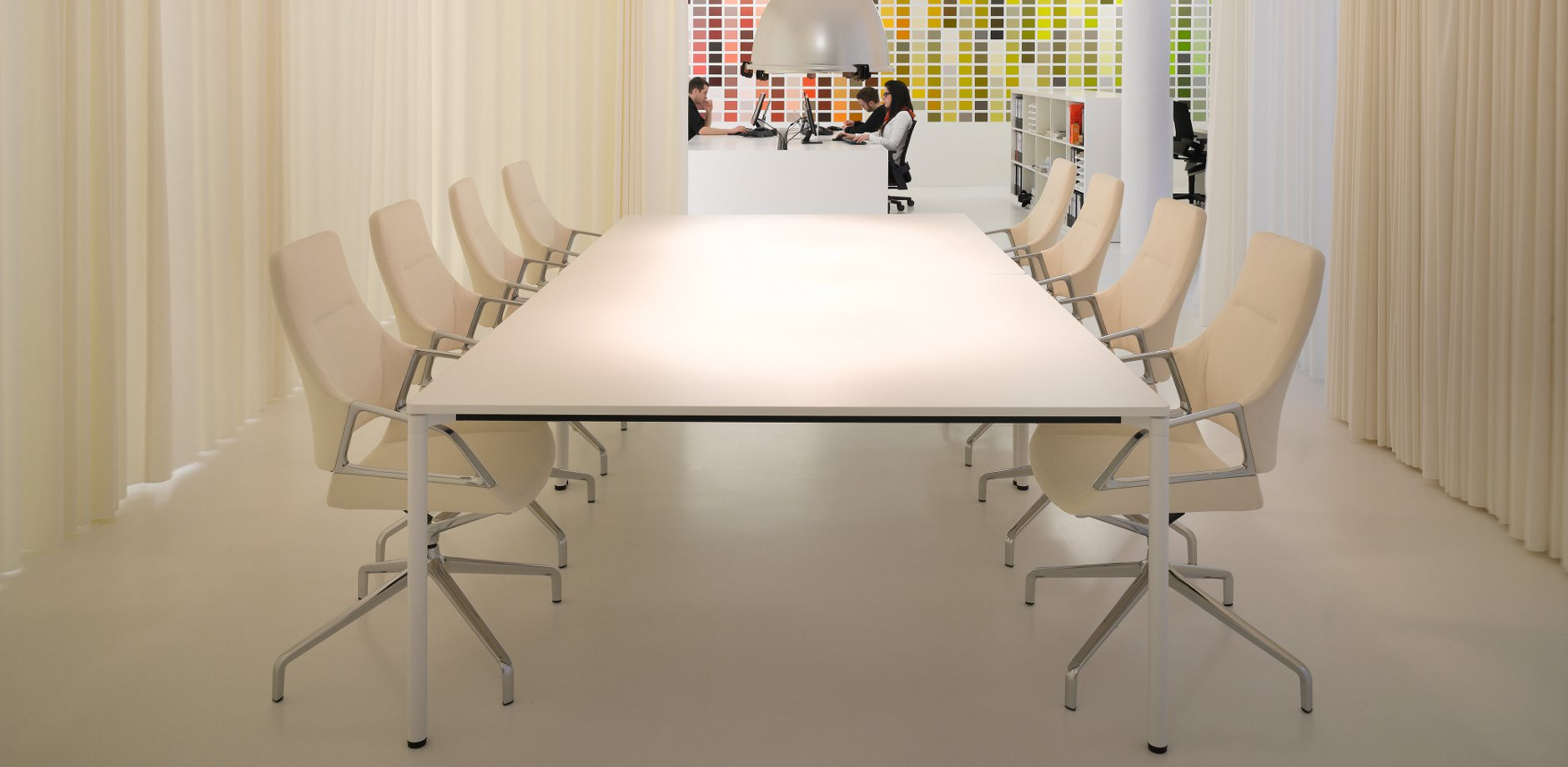 Ahrens Grabenhorst Architekten, Graph conference table and Concentra conference table, Wilkhahn