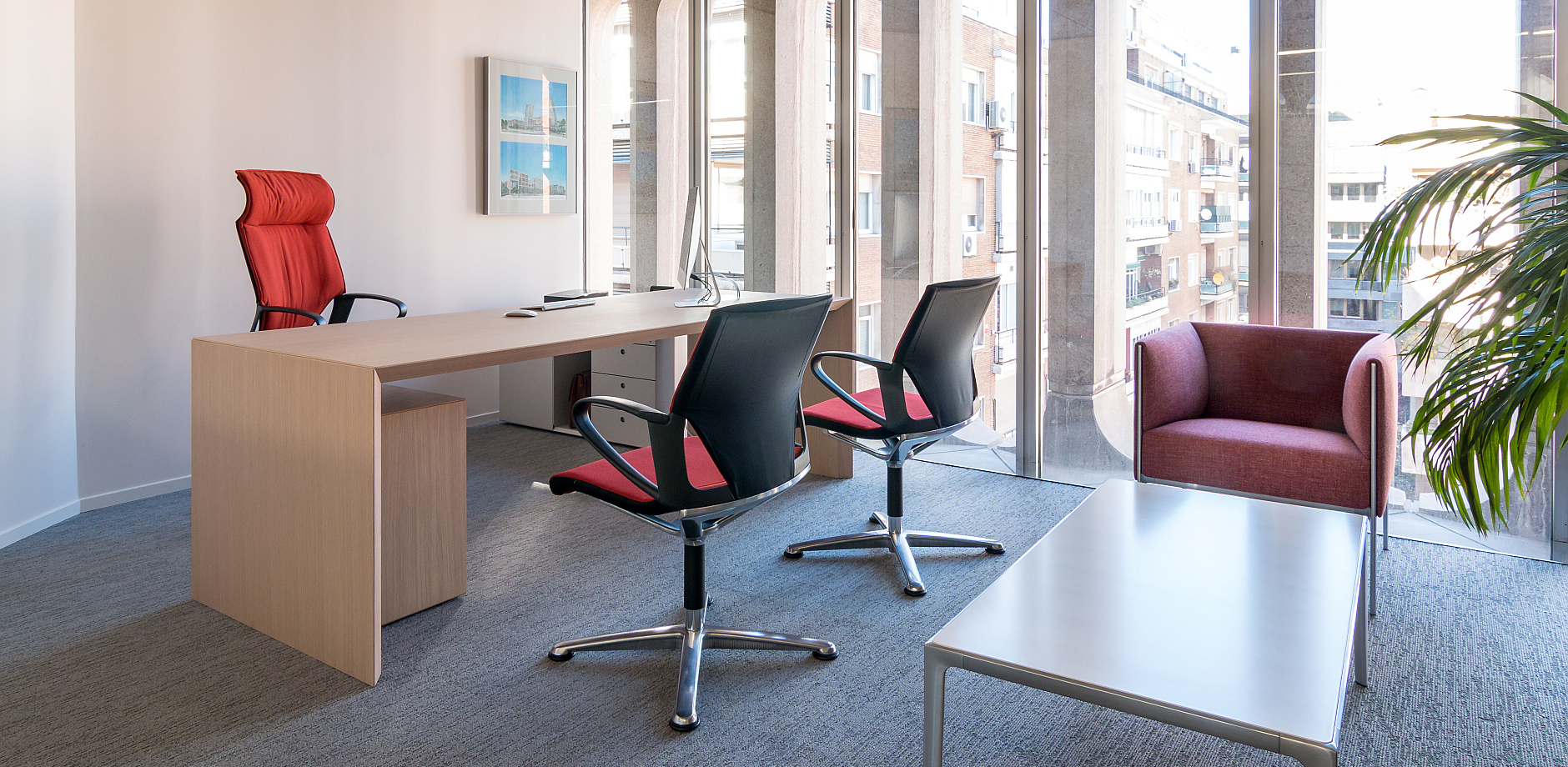 Real estate company, Modus conference chair, Asienta lounge range, Wilkhahn