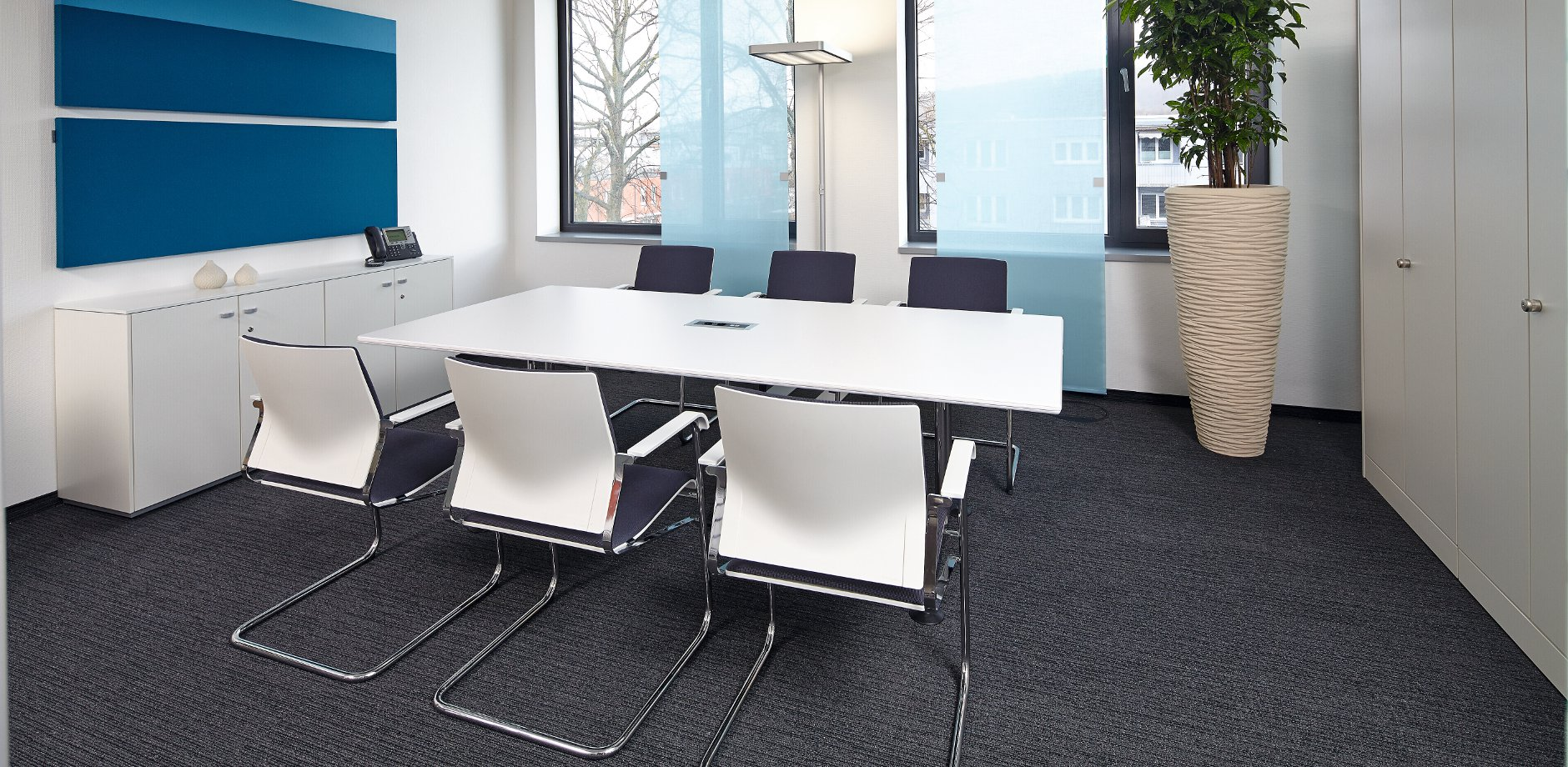 Ipsen Pharma, Germany, Sito cantilever chair and Logon conference table by Wilkhahn