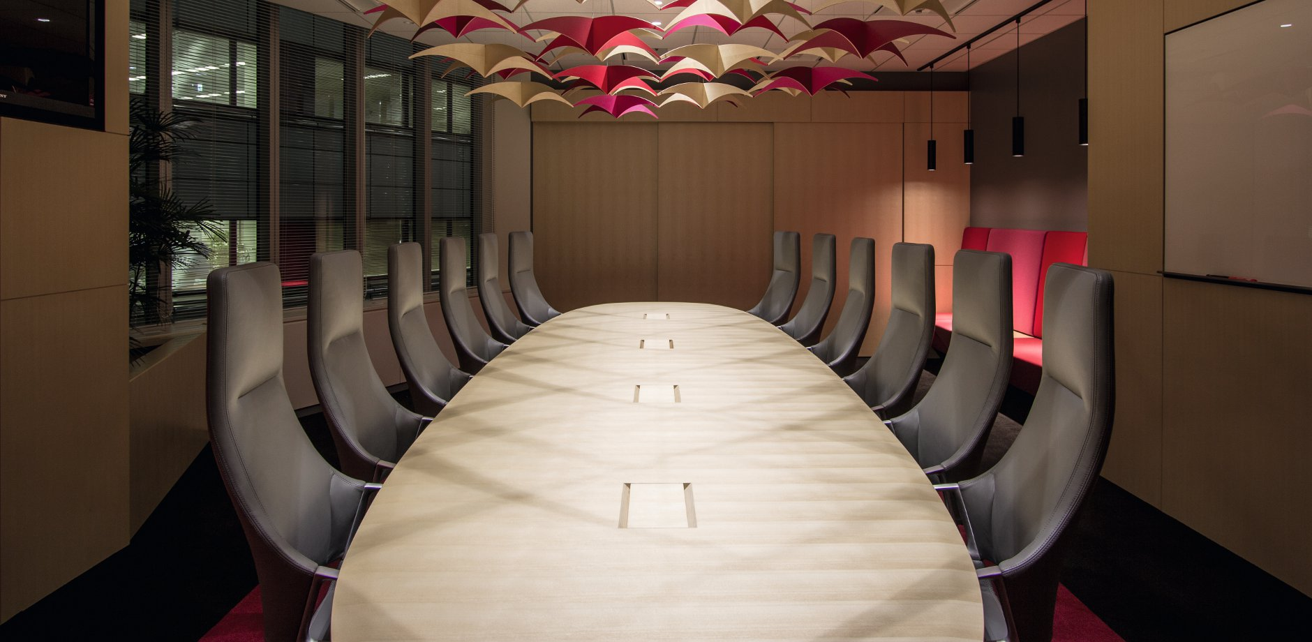 Leandlease | Bakoko | Graph conference chair and table | Wilkhahn