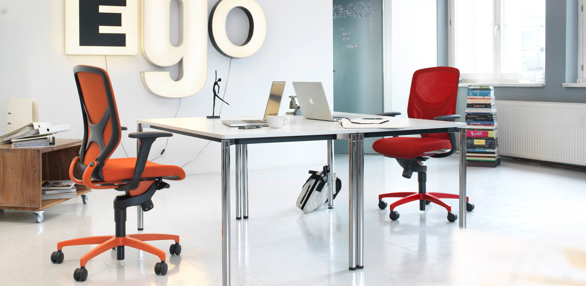 IN 3D office chair - two red task chair - contract furniture